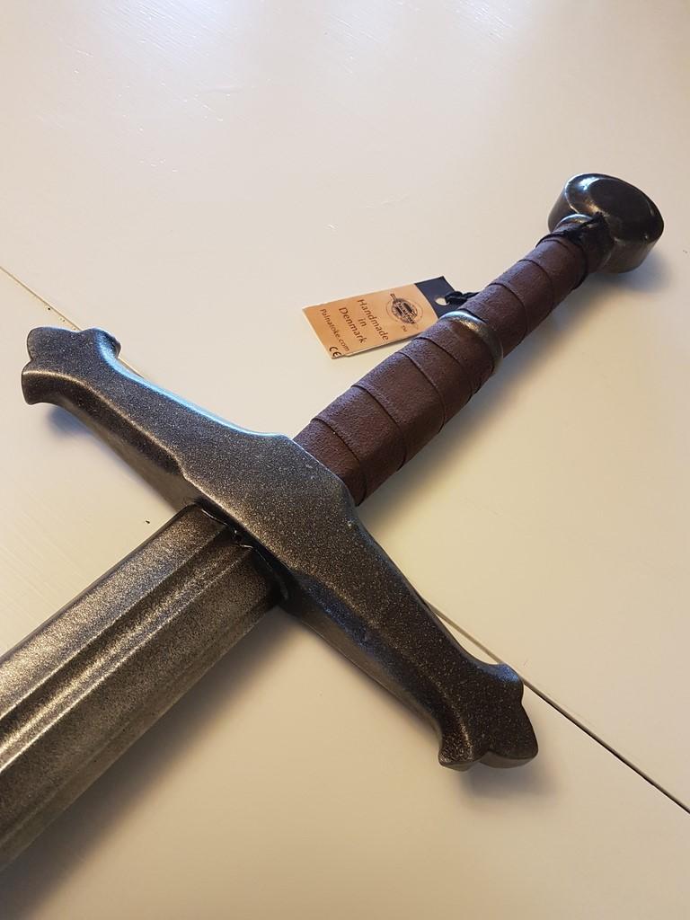 Comparative LARP Swords Review