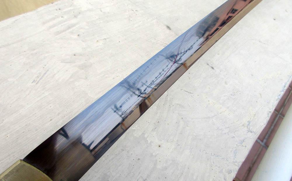 T10 blade with hamon